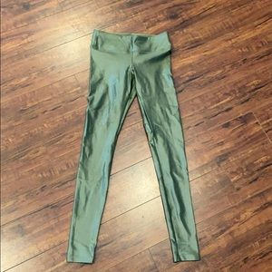 Koral green lustrous low rise leggings SZ XS